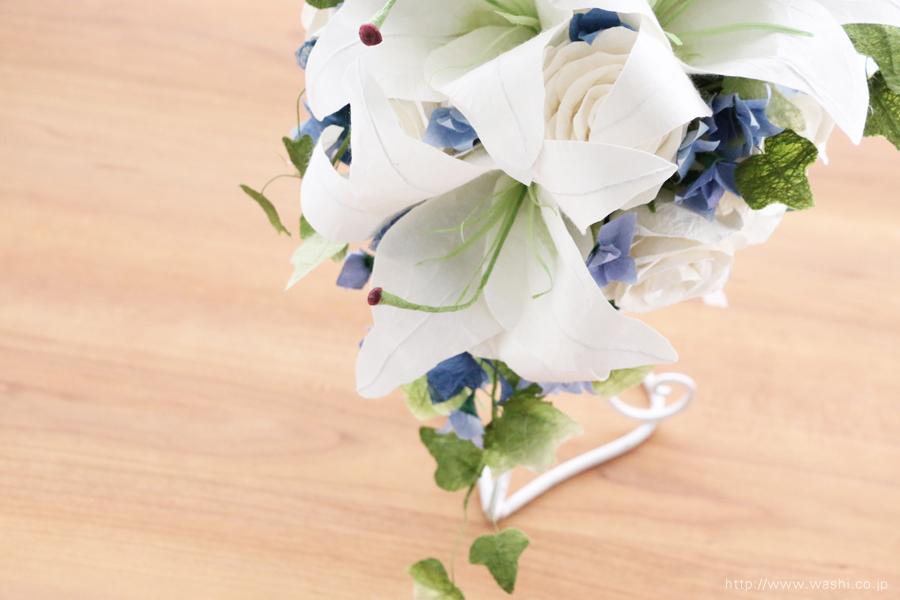 白いカサブランの和紙ブーケ・花束(紙婚式ペーパーフラワー)花部アップ
