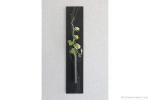 壁掛け花器(和紙の花と一輪挿し和紙アートパネル)正面から