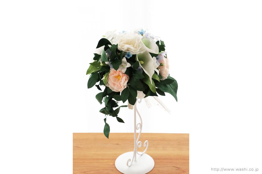 淡いピンクと白いトルコ桔梗の和紙ブーケ・花束(紙婚式ペーパーフラワー)正面