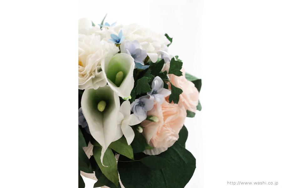 淡いピンクと白いトルコ桔梗の和紙ブーケ・花束(紙婚式ペーパーフラワー)正面アップ