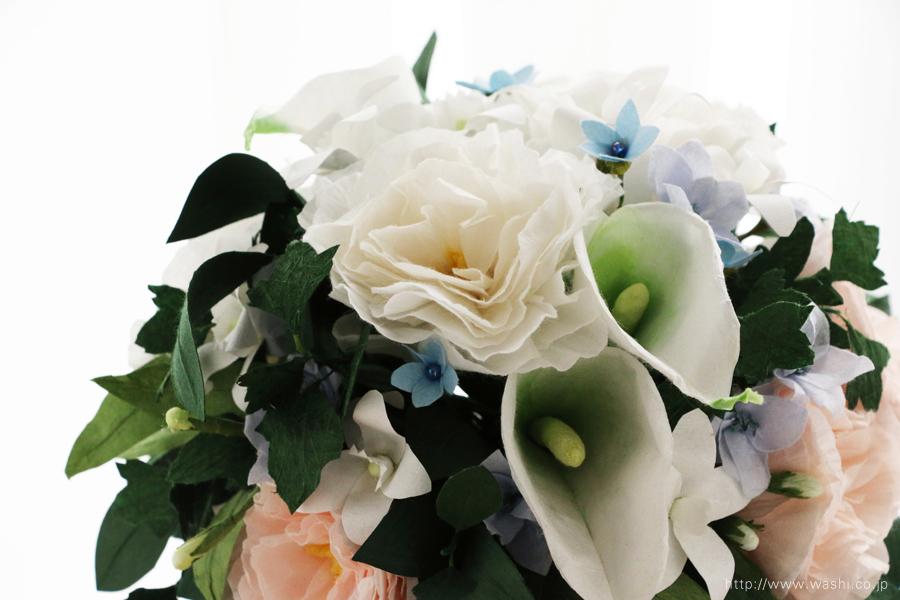 淡いピンクと白いトルコ桔梗の和紙ブーケ・花束(紙婚式ペーパーフラワー)上側正面