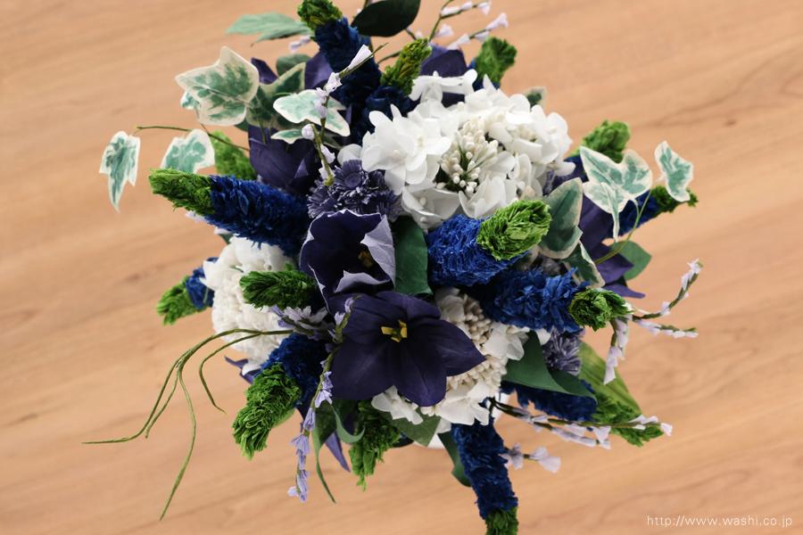 ベロニカとアイビーの和紙の花束・ブーケ(結婚1年目 紙婚式のペーパーフラワー)真上