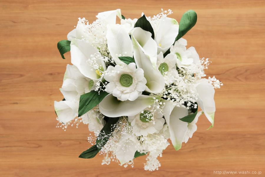 結婚記念日ペーパーフラワー|白いカラーとガーベラの和紙製ブーケ・花束(真上)