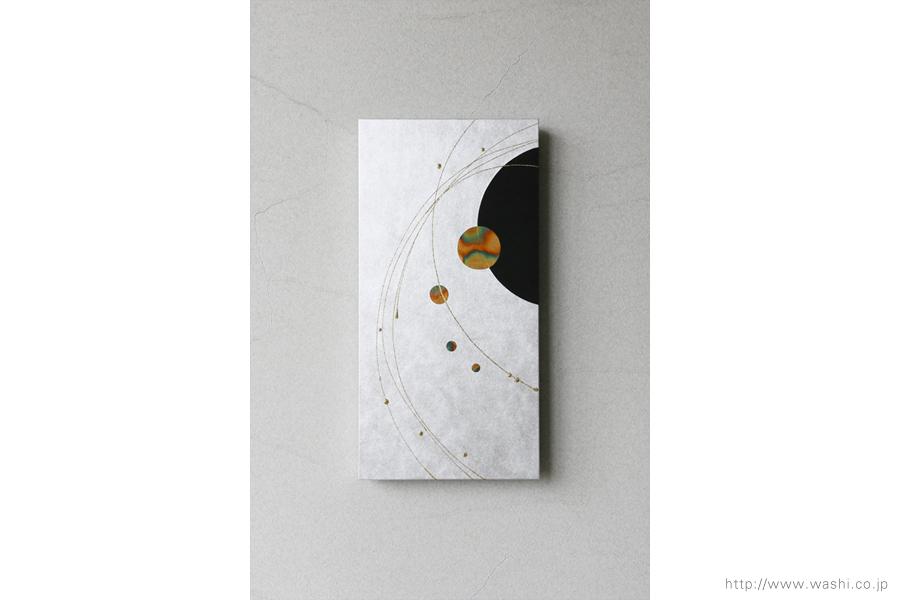 ご自宅の階段ウォールアート和紙パネル washi art panel スタイリッシュな銀箔紙ベース