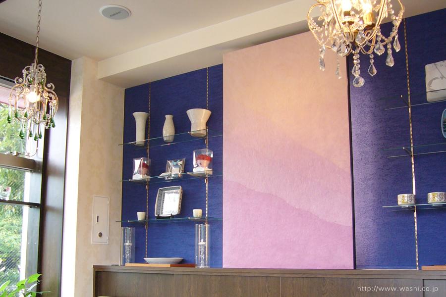 ピンクパープル染めの和紙インテリアアートパネル(右側から)