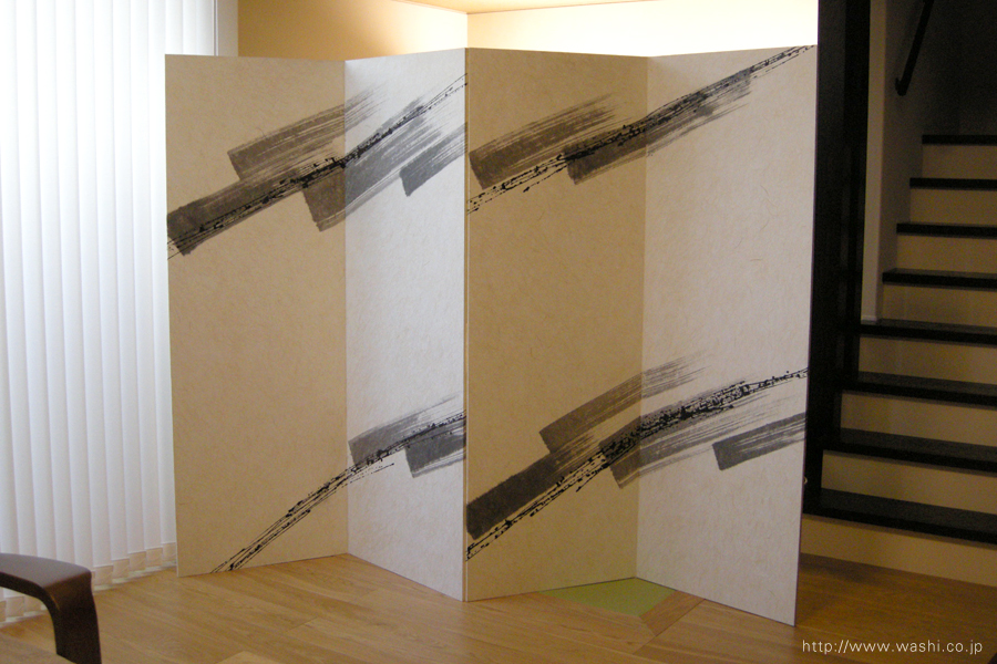 空間装飾/二曲一双、創作和紙屏風(漆・墨)2