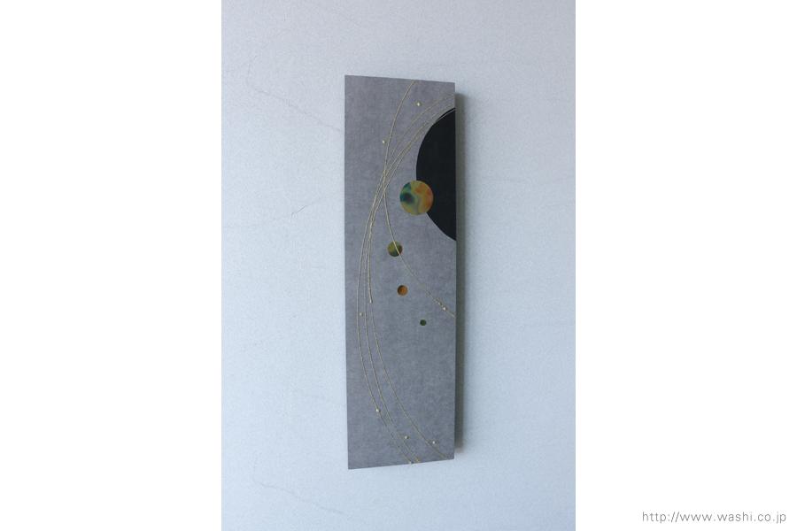 玄関ホール用の創作和紙インテリアアートパネル(左斜めから)