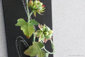 壁掛け花器(和紙の花と一輪挿し和紙インテリアアートパネル)アップ
