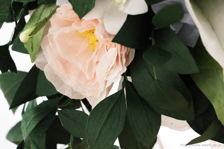 淡いピンクと白いトルコ桔梗の和紙ブーケ・花束(紙婚式ペーパーフラワー)花部アップ