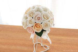 世界に一つだけのバラとトルコ桔梗の和紙ブーケ・花束(紙婚式ペーパーフラワー)正面