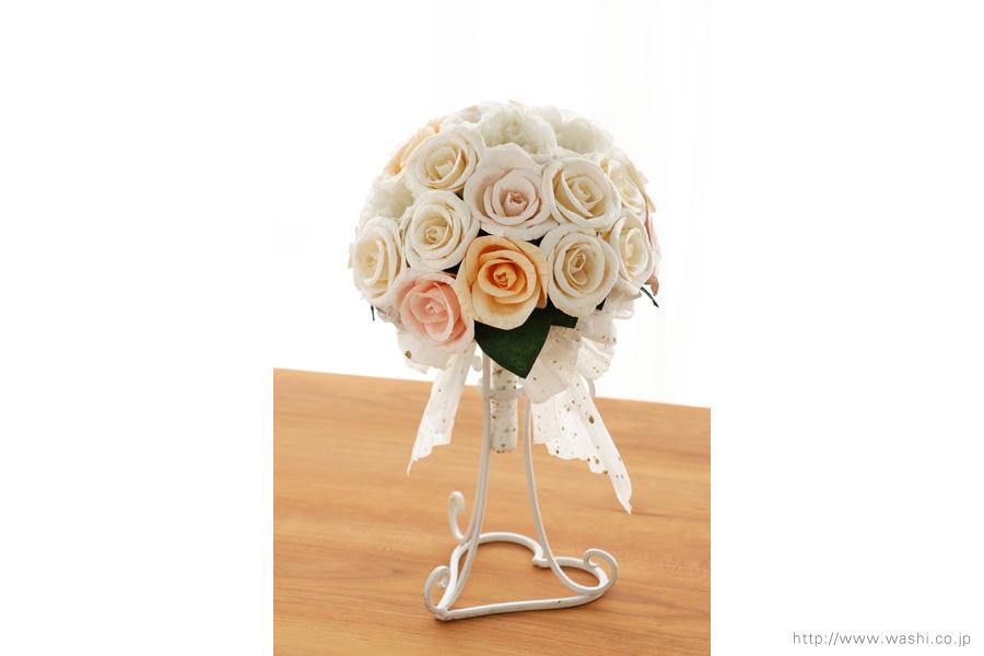 世界に一つだけのバラとトルコ桔梗の和紙ブーケ・花束(紙婚式ペーパーフラワー)真正面
