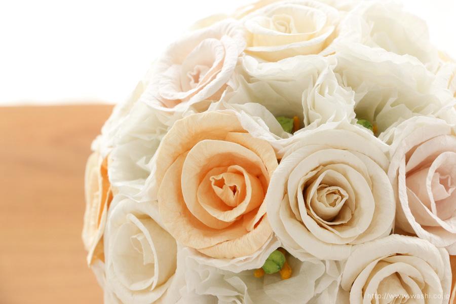 世界に一つだけのバラとトルコ桔梗の和紙ブーケ・花束(紙婚式ペーパーフラワー)全体アップ
