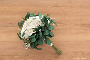 葉ものをたっぷり使ったナチュラルテイストの和紙ブーケ・花束(紙婚式ペーパーフラワー)正面