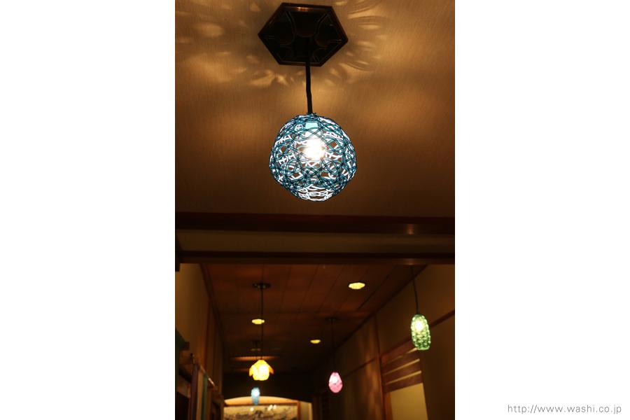 温泉旅館に設置した加賀水引ペンダントライト・灯り(丸型)