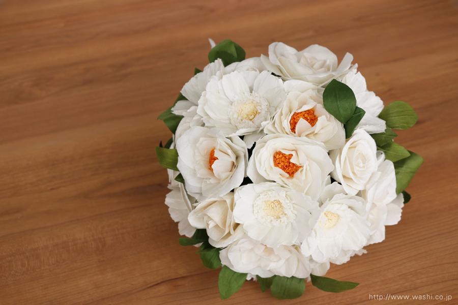 紙婚式ペーパーフラワー|ガーベラとフレンチマリアンヌの和紙花ブーケ(斜め上から)