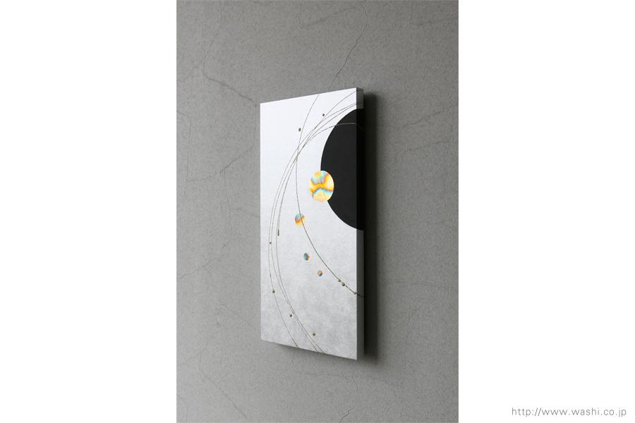 ご自宅の階段ウォールアート和紙パネル washi art panel スタイリッシュな銀箔紙ベース(斜めアングル)