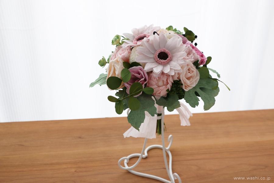和紙の花ペーパーフラワーブーケ・花束|特別な記念日の贈り物に(斜めアングル)