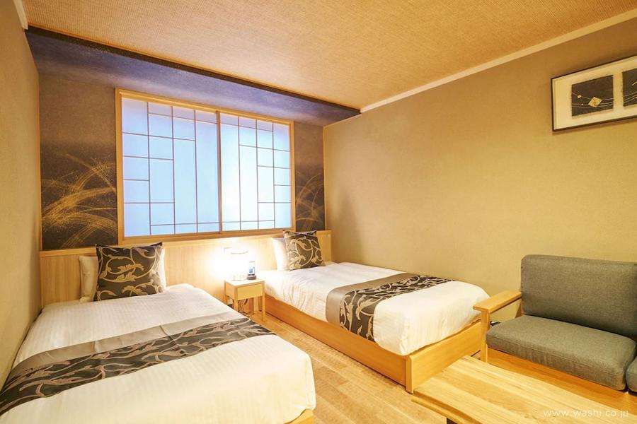 オーダーメイド和紙壁紙・アクセントクロス(ホテル・金刷毛目)別色ベットルーム