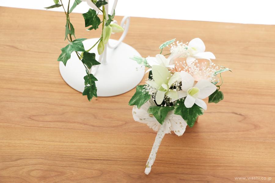 和紙の花ブライダルウェディングブーケ|結婚式用のカサブランカとデンファレのペーパーフラワー(ブートニア)