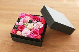和紙の花のフラワーボックス(昇進祝いのオーダーメイドプレゼント)