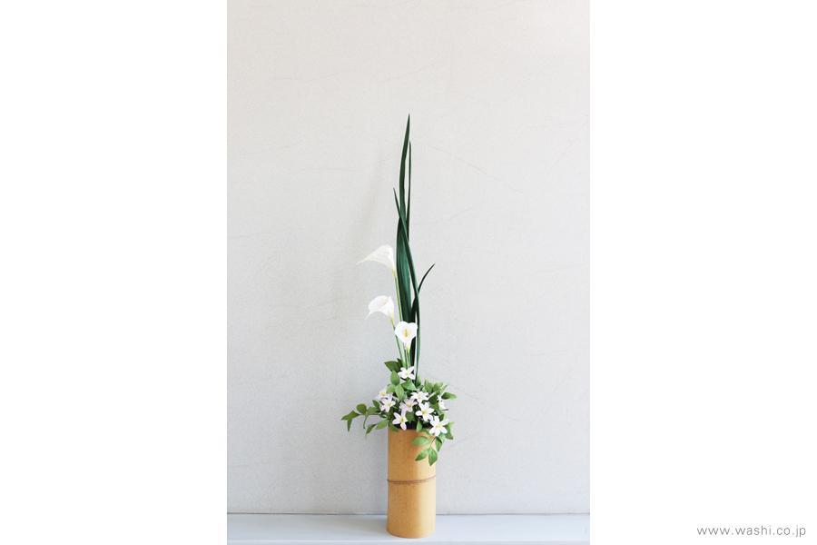 一般住宅の床の間 和紙の花の生け込み・装花インテリアフラワー