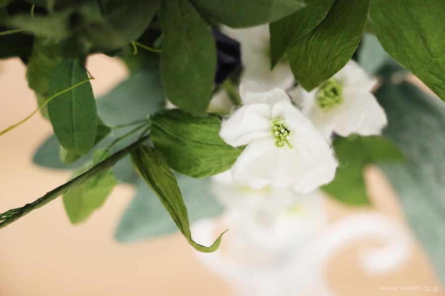結婚一周年記念日の紙婚式オーダーメイドプレゼント 動きのある葉っぱが美しい和紙製の花束(透明感のある白い花)